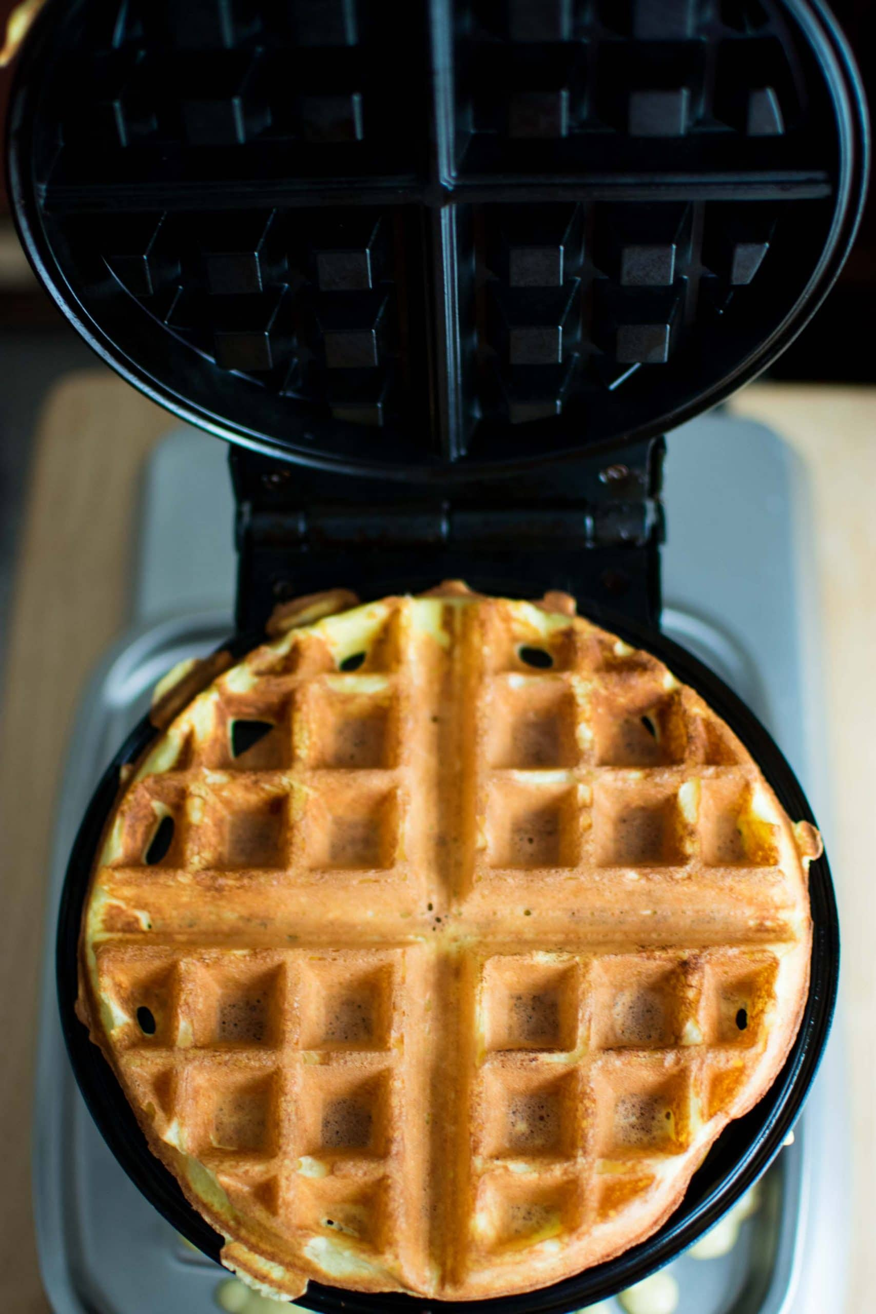 Keto Belgian Waffle Recipe -by amber's hands-