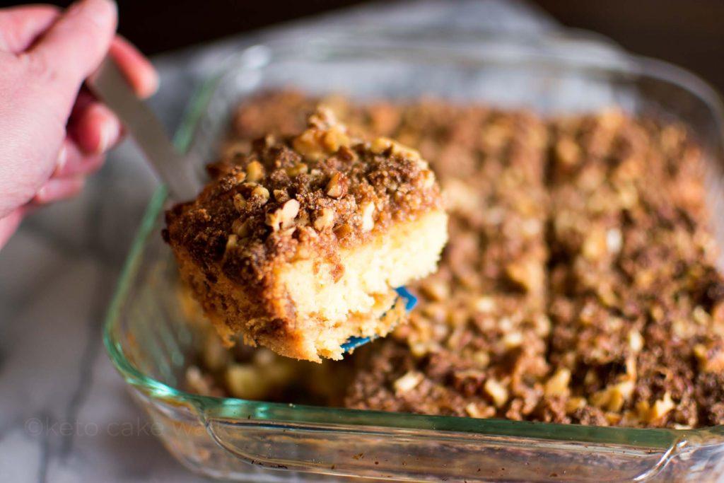 Keto Cinnamon Streusel Coffee Cake -keto cake walk-