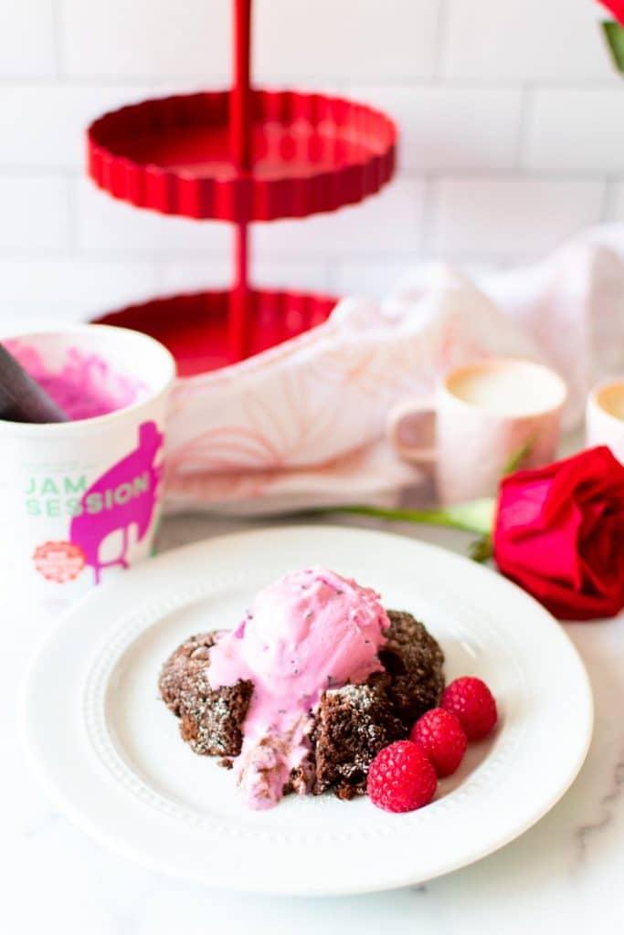 Easy Keto Lava Cake -keto cake walk-