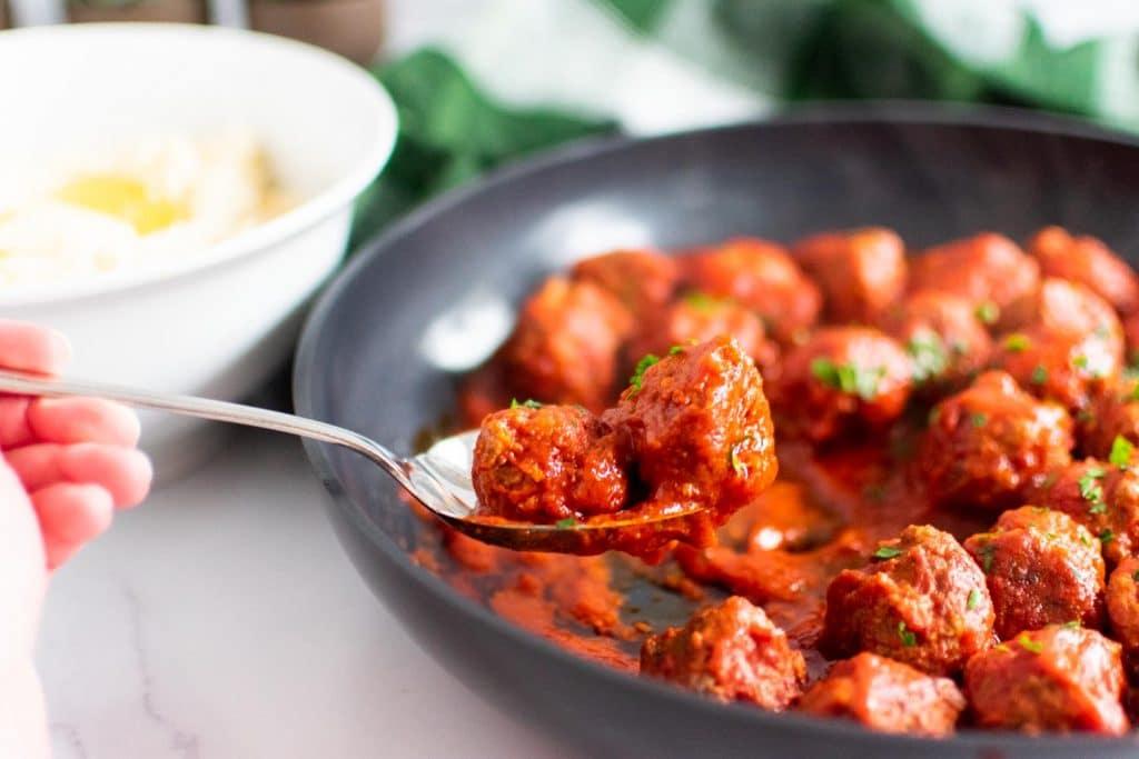 Tomato Braised Meatballs - Easy Keto Dinners for the Whole Family -keto cake walk-